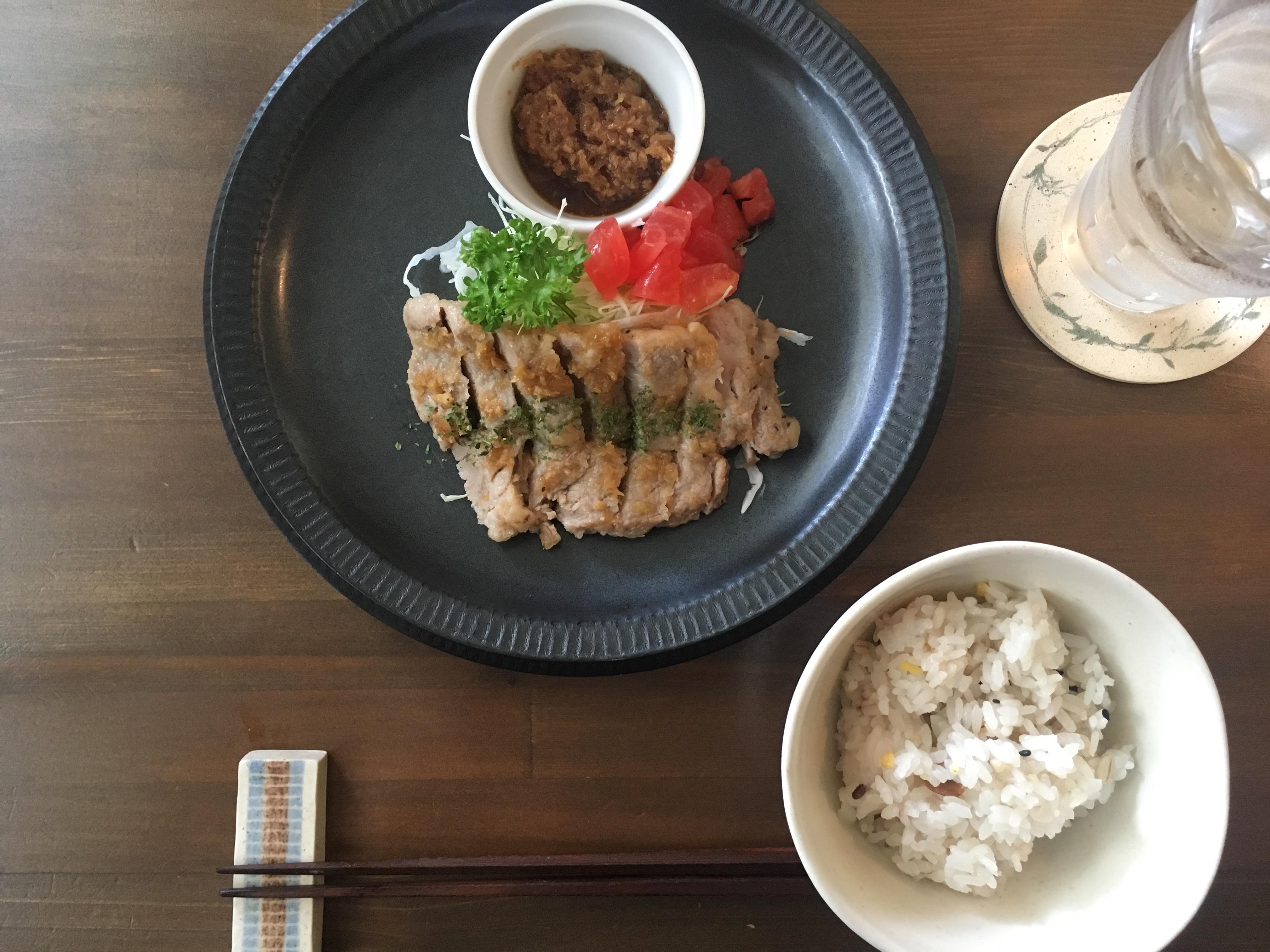 オアシス食堂の生姜焼き