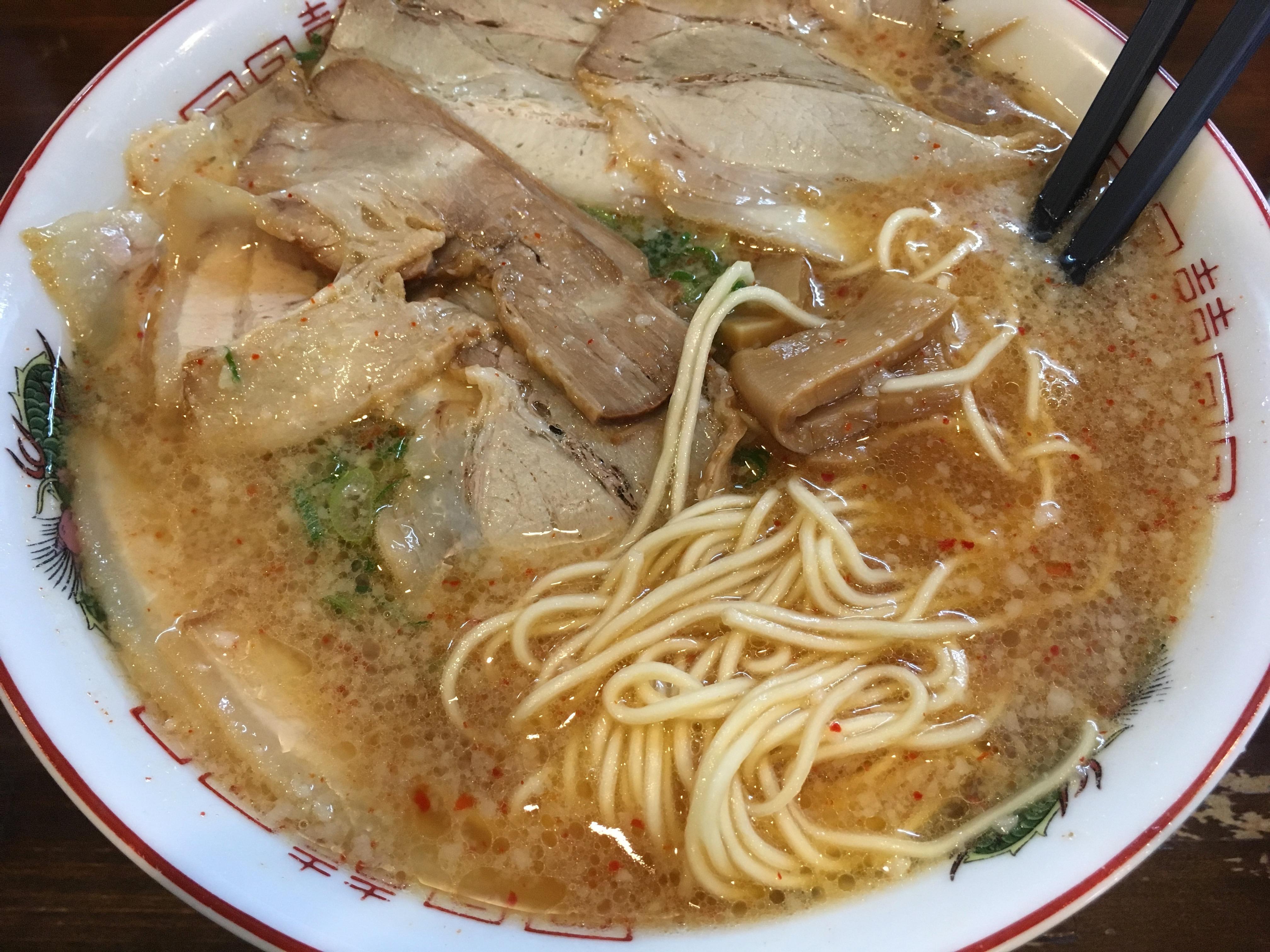 和楽の肉中華そばの麺